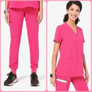 Figs SET Hot Pink 💕 Scrub Top + Jogger Pants